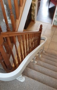 Curved stairlift track