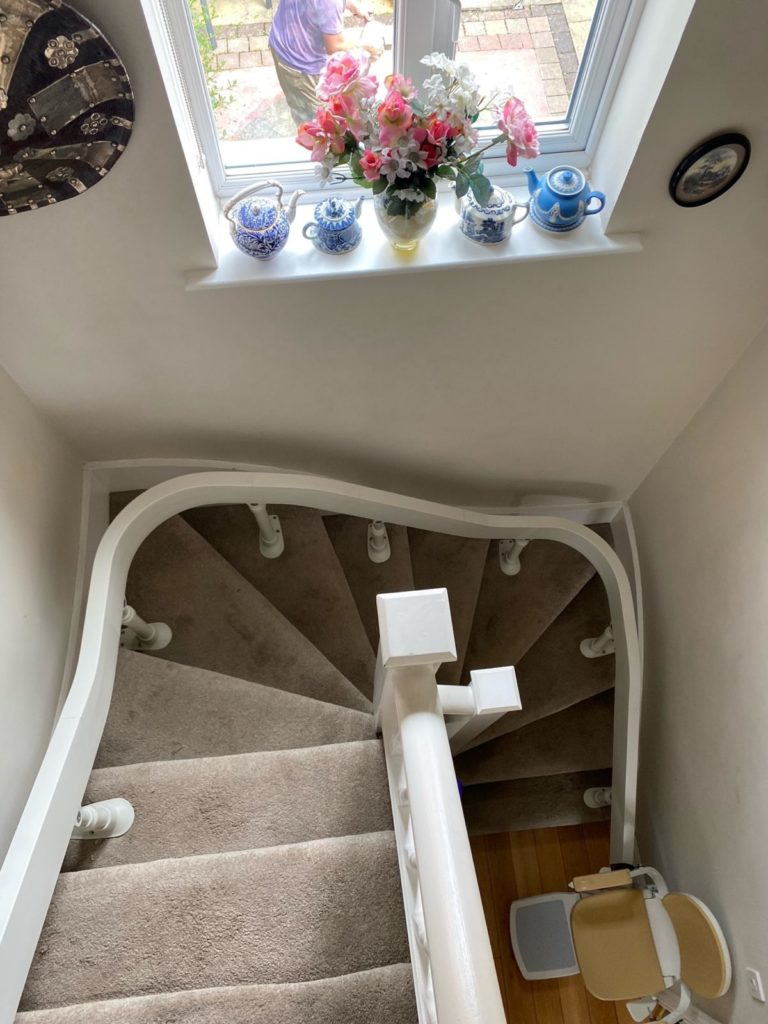 No curve is a problem for Leodis Stairlifts